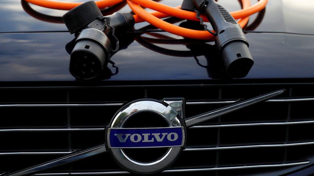 huge inventory 170e0 62e81 Foto  Scanpix Reuters Phil Noble. Volvo kutsub ülemaailmselt erakorralisse  hooldusesse tagasi 219 000 autot ...