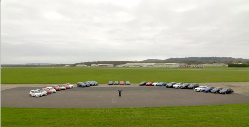66a24c754f5 Video: Chris Harrise kõige kiirem ja mastaapsem autotest – 28 autot ...