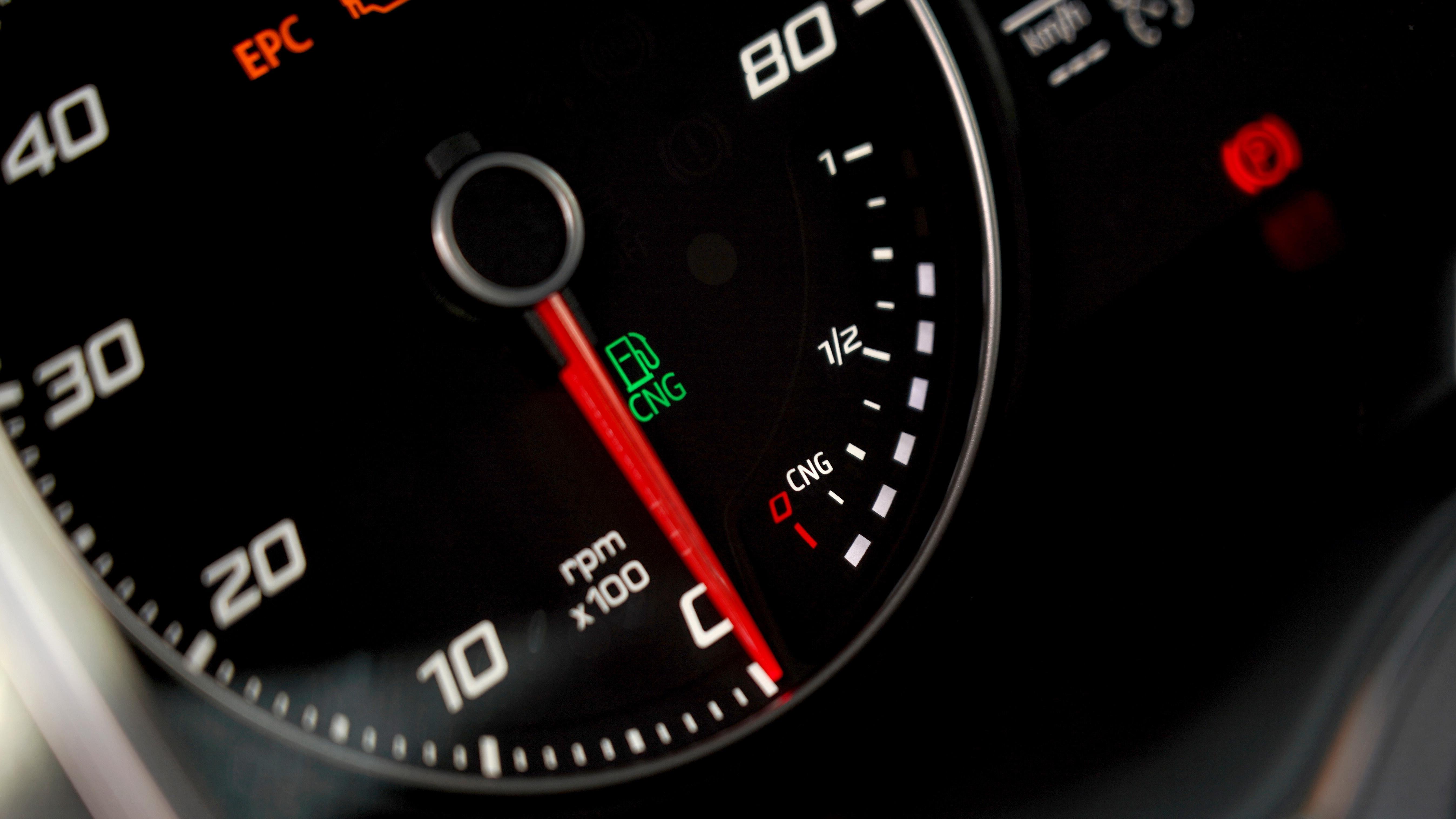 Kuussada kilomeetrit gaasiga: üle poole odavam kui bensiiniga?