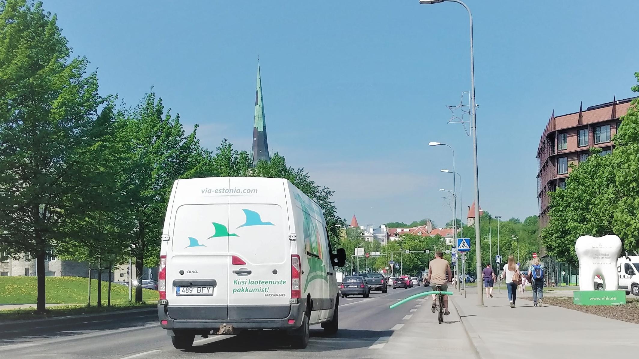 Elupäästev nipp ratturitele, kuidas vähem kui 5 euroga omale maanteel ohutu ruum tekitada