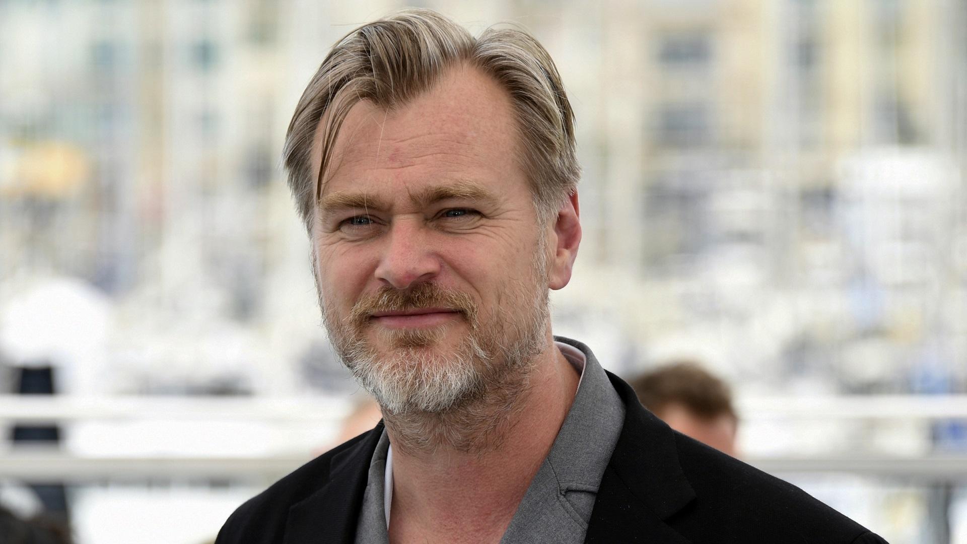 Elu võimalus: Nolani filmivõtetele otsitakse autojuhte, kellele makstakse selle eest väga hästi