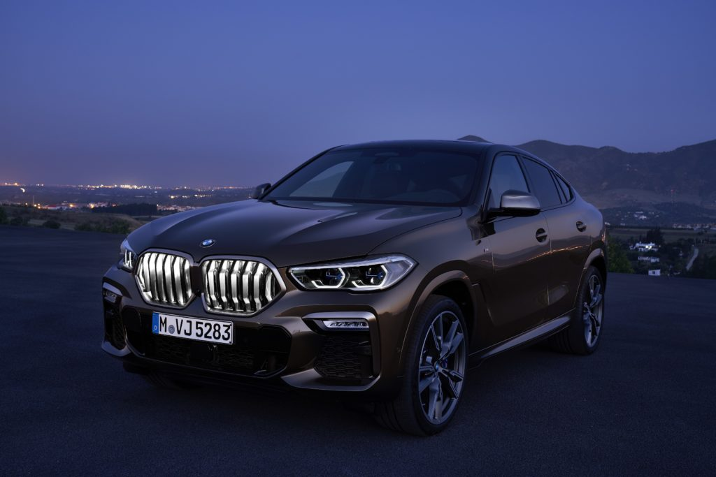 BMW pakub valgustatud iluvõret nüüd ka 5. seeriale